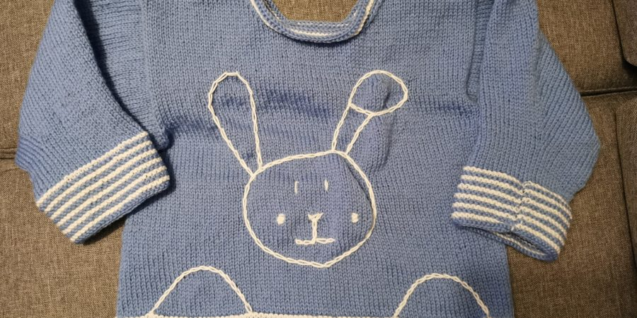 Tricot pull lapin